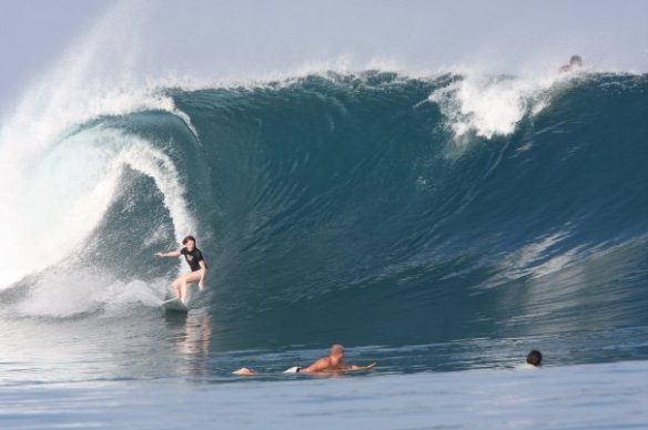 SaltyLips Rosary Walsh Surfing Indonesia 3