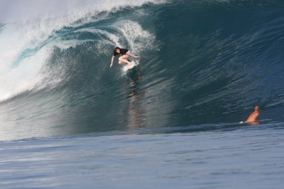 SaltyLips Rosary Walsh Surfing Indonesia 6