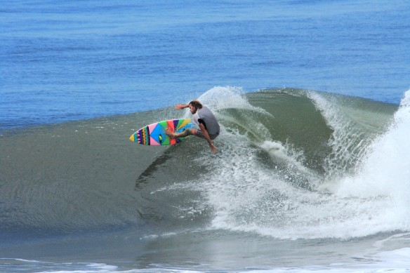 Surf El Salvador Photo: SaltyLips Nathan Bloemers